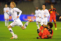 USA's Brek Shea (l) and Belgium's Marouane Fellaini fight for the ball during the friendly match Belgium vs USA at King Baudoin stadium in Brussels, Belgium on September 06th, 2011.