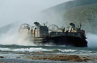 - US Marines, LCAC (Landing Craft Air Cushion) land near the Ploce harbour during operations in Bosnia-Herzegovina<br /> <br /> - US Marines, mezzi da sbarco a cuscino d'aria LCAC (Landing Craft Air Cushion)sbarcano nei pressi del porto di Ploce durante operazioni in Bosnia-Herzegovina