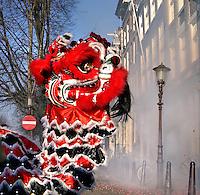 Chinees Nieuwjaar met leeuwendans in Amsterdam