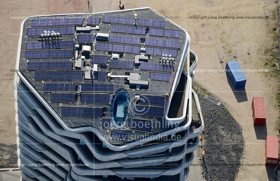 DEUTSCHLAND Hamburg Unilever Gebaeude in der HafenCity, auf dem Dach ist eine solarthermische Anlage installiert<br />   /<br /> GERMANY   Hamburg Unilever headquarter in HafenCity with solarthermal Installation
