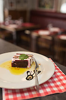Europe/France/Bretagne/56/Morbihan/Lorient: Restaurant: Le Poulpe - Alexandre Nagy - Opus de chèvre à l'huile d'olive et betterave