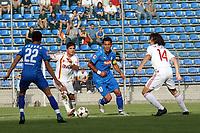 Selim Teber (Hoffenheim) setzt sich durch<br /> TSG 1899 Hoffenheim vs. Galatasaray Istanbul, Carl-Benz Stadion Mannheim<br /> *** Local Caption *** Foto ist honorarpflichtig! zzgl. gesetzl. MwSt. Auf Anfrage in hoeherer Qualitaet/Aufloesung. Belegexemplar an: Marc Schueler, Am Ziegelfalltor 4, 64625 Bensheim, Tel. +49 (0) 6251 86 96 134, www.gameday-mediaservices.de. Email: marc.schueler@gameday-mediaservices.de, Bankverbindung: Volksbank Bergstrasse, Kto.: 151297, BLZ: 50960101