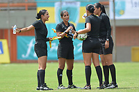 MEDELLIN - COLOMBIA, 15-09-2019: Viviana Muñoz, arbitro, y sus asistentes durante partido por la semifinal vuelta entre Deportivo Independiente Medellín y Atlético Huila como parte de la Liga Femenina Águila 2019 jugado en el estadio Polideportivo Sur de la ciudad de Medellín. / Viviana Muñoz, referee, and her assistants during Match for the second leg semifinal between Deportivo Independiente Medellin and Atletico Huila as part Aguila Women League 2019 played at Polideportivo Sur stadium in Medellin city. Photo: VizzorImage / Leon Monsalve / Cont