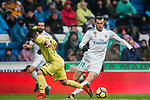 Gareth Bale (R) of Real Madrid fights for the ball with Jaume Vicent Costa Jorda, J Costa, of Villarreal CF during the La Liga 2017-18 match between Real Madrid and Villarreal CF at Santiago Bernabeu Stadium on January 13 2018 in Madrid, Spain. Photo by Diego Gonzalez / Power Sport Images