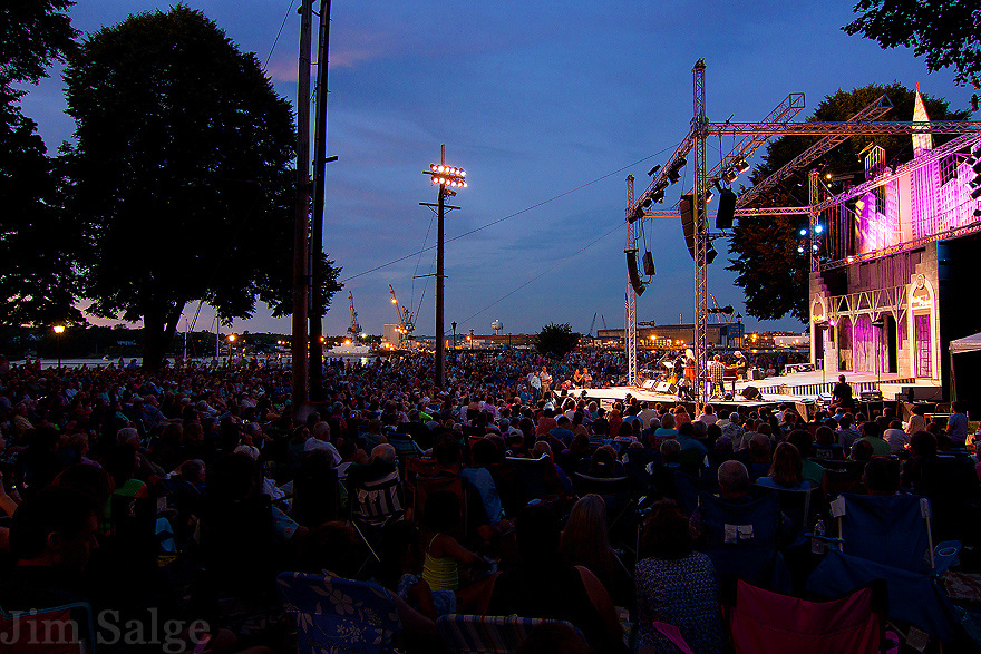 Mary Chapin Carpenter and Marc Cohn perform at an outdoor concert in Prescott Park in Portsmouth, NH