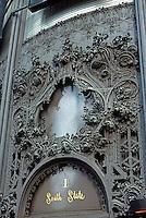 Louis Sullivan: Carson, Pirie, Scott. Entrance. Ornamental Ironwork.  Photo '76.