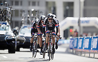 Tom Dumoulin (NLD/Giant-Alpecin) pulls his teammates into the last kilometer<br /> <br /> Elite Men's Team Time Trial<br /> UCI Road World Championships Richmond 2015 / USA