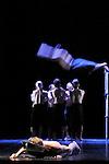 MC 14 22 CECI EST MON CORPS....Choregraphie : PRELJOCAJ Angelin..Compagnie : Ballet de l Opera National de Paris..Lumiere : RIOU Patrick..Costumes : JASIAK Daniel..Avec :..BOUCHE Bruno..GAUDION Mallory..HOUETTE Aurelien..ISOART Gil..GEOL KIM Yong..RENAUD Alexis..VALASTRO Simon..AUBIN Pascal..BOTTO Matthieu..CORDIER Vincent..DEMOL Yvan..GROUD Sylvain..Lieu : Opera Garnier..Ville : Paris..Le : 28 04 2009..© Laurent PAILLIER / www.photosdedanse.com