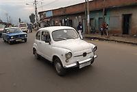 Addis Abeba, una vecchia 600 fiat