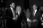 PIERRE CARDIN CON  VITTORIO  GASSMAN E MONICA VITTI  - PREMIO THE BEST A PALAZZO PECCI BLUNT ROMA 1979