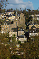 Europe/France/Normandie/Basse-Normandie/50/Manche/Mortain: Le village et sa Collégiale Saint-Évroult de Mortain //  <br />  France, Manche, Mortain, The parish church of St Evroult