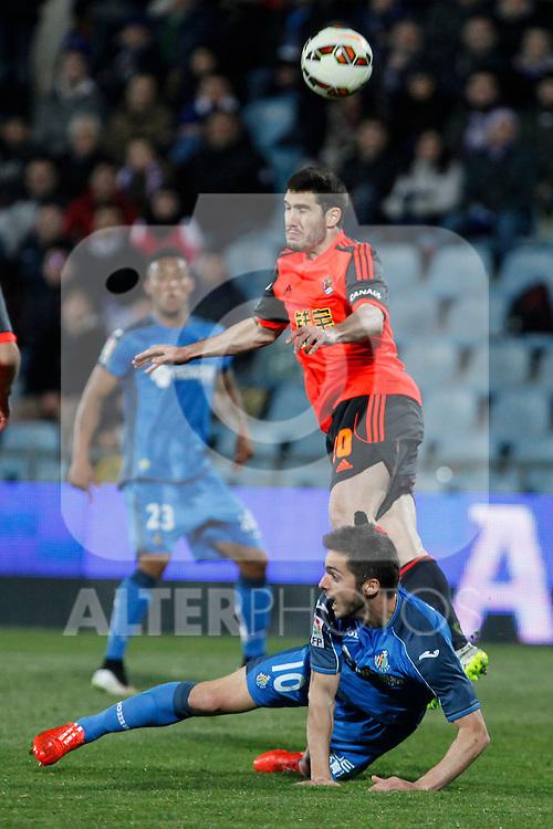 Getafe´s Sarabia (D) and Real Sociedad´s Zaldua during 2014-15 La Liga match at Alfonso Perez Coliseum stadium in Madrid, Spain. March 16, 2015. (ALTERPHOTOS/Victor Blanco)