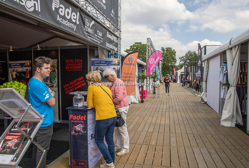 Rosmalen, Netherlands, 11 June, 2019, Tennis, Libema Open, promo village<br /> Photo: Henk Koster/tennisimages.com