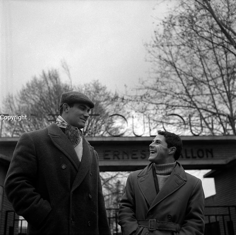 e 19 décembre 1957. Vue d'un groupe de joueurs du Stade Toulousai