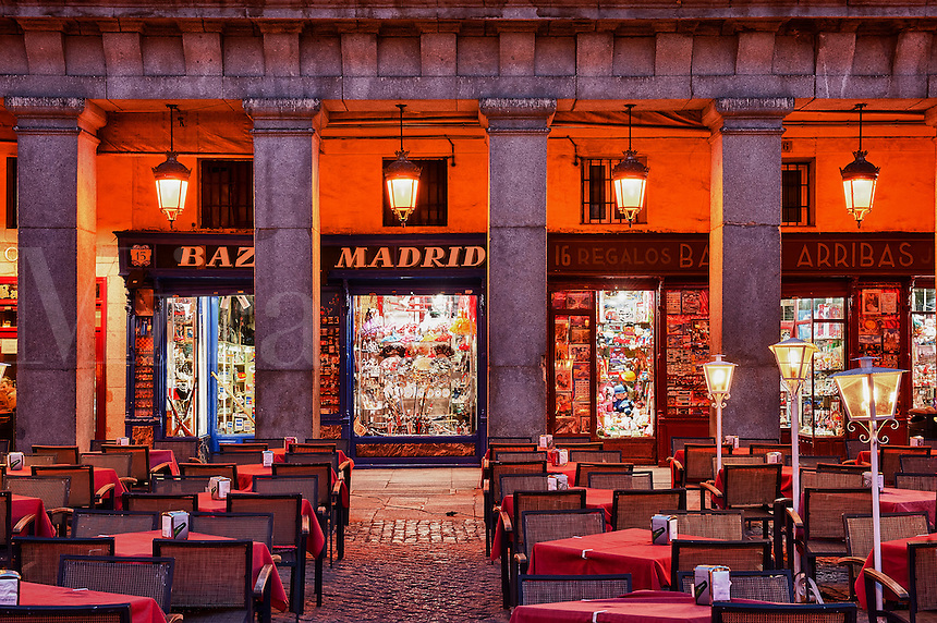 Outdoor cafe, Plaza Mayor, Madrid, Spain