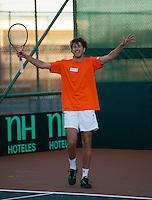06-07-11, Tennis, South-Afrika, Potchefstroom, Daviscup South-Afrika vs Netherlands, Training Nederlands team, Robin Haase is tevreden over een zojuist geslagen bal