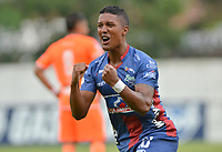 ENVIGADO- COLOMBIA, 21-04-2019.Jhojan Valencia jugador  jugador del Unión Magdalena celebra después de anotar un gol al  Envigado durante partido por la fecha 17 de la Liga Águila I 2019 jugado en el estadio Polideportivo Sur de la ciudad de Medellín. /Jhojan Valencia  player of Union Magdalena celebrates after scorig a goal agaisnt of Envigado during the match for the date 17 of the Liga Aguila I 2019 played at Polideportivo Sur stadium in Medellin  city. Photo: VizzorImage / Leon Monsalve/ Contribuidor