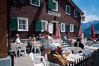 Restaurant am Oberalp-Pass, Graubünden, Schweiz.
