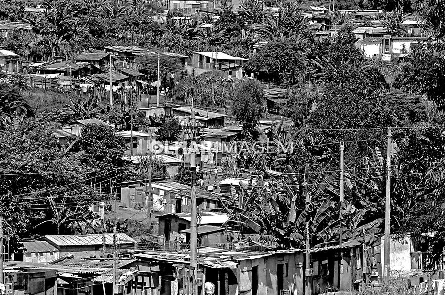 Barracos da favela Paraisópolis, Morumbi. São Paulo. 1978. Foto de Juca Martins.