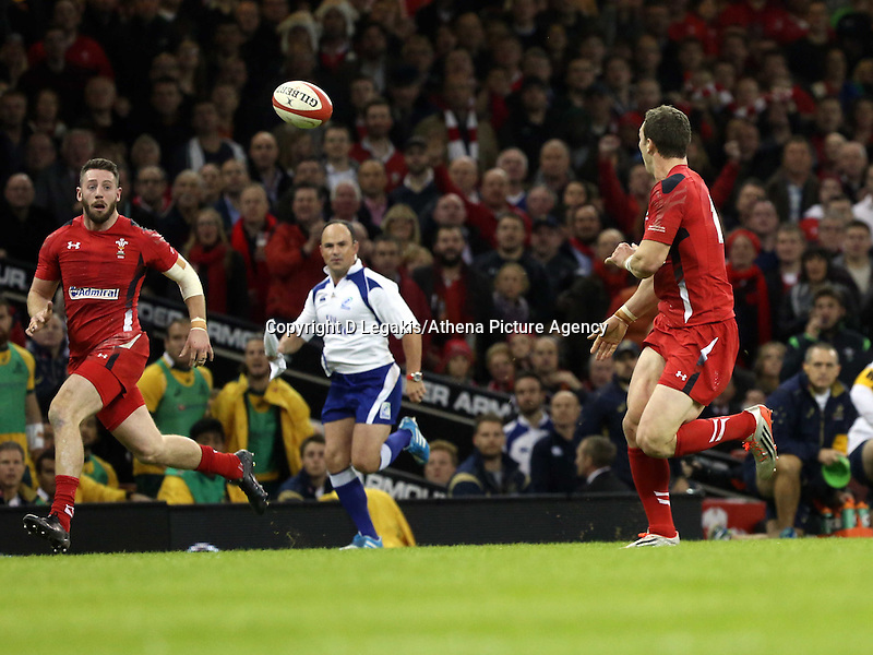 Pictured: Alex Cuthbert of Wales (L) gets a pass from team mate George North (R) to go on and score a try for his team. Saturday 08 November 2014<br /> Re: Dove Men Series rugby, Wales v Australia at the Millennium Stadium, Cardiff, south Wales, UK.