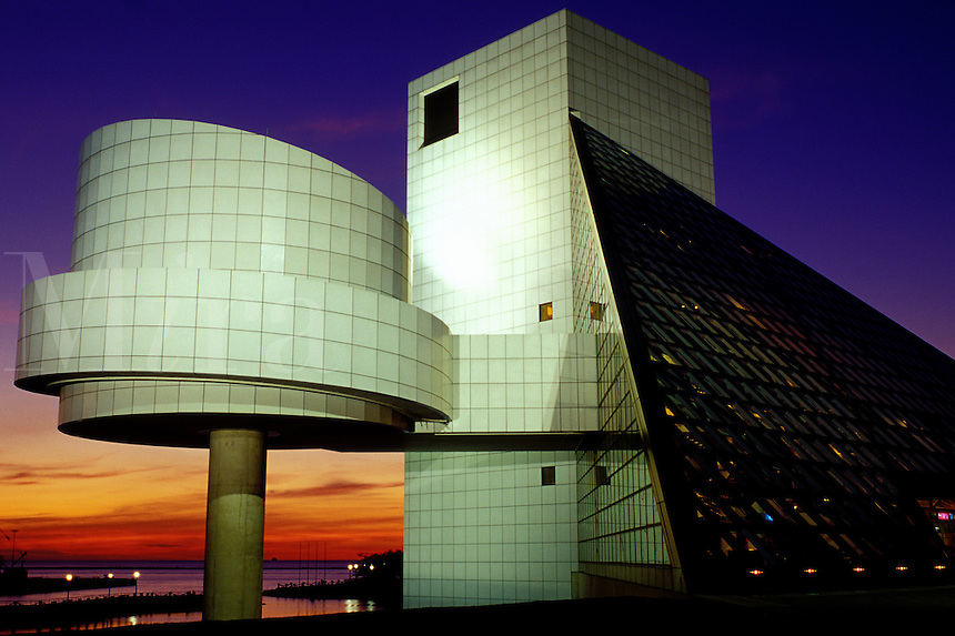 Cleveland, hall of fame, rock 'n roll, OH, Ohio, Rock and Roll Hall of Fame and Museum at sunset.
