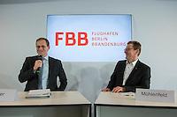 Pressekonferenz nach BER-Aufsichtsratssitzung am Freitag den 22. April 2016.<br /> Nach Aussagen vom Regierenden Buergermeister Michael Mueller und dem BER-Aufsichtsratsvorsitzendem Karsten Muehlenfeld soll nach mehrjaehriger Verzoegerung die Bauphase des Flughafens im Jahr 2016 abgeschlossen werden und der Flugbetrieb im Jahr 2017 aufgenommen werden. Wann genau wurde jedoch nicht gesagt.<br /> Im Bild vlnr.: Michael Mueller und Karsten Muehlenfeld.<br /> 22.4.2016, Berlin<br /> Copyright: Christian-Ditsch.de<br /> [Inhaltsveraendernde Manipulation des Fotos nur nach ausdruecklicher Genehmigung des Fotografen. Vereinbarungen ueber Abtretung von Persoenlichkeitsrechten/Model Release der abgebildeten Person/Personen liegen nicht vor. NO MODEL RELEASE! Nur fuer Redaktionelle Zwecke. Don't publish without copyright Christian-Ditsch.de, Veroeffentlichung nur mit Fotografennennung, sowie gegen Honorar, MwSt. und Beleg. Konto: I N G - D i B a, IBAN DE58500105175400192269, BIC INGDDEFFXXX, Kontakt: post@christian-ditsch.de<br /> Bei der Bearbeitung der Dateiinformationen darf die Urheberkennzeichnung in den EXIF- und  IPTC-Daten nicht entfernt werden, diese sind in digitalen Medien nach §95c UrhG rechtlich geschuetzt. Der Urhebervermerk wird gemaess §13 UrhG verlangt.]