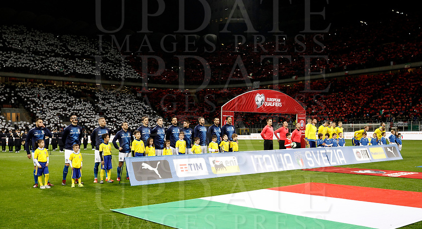 Soccer Football - 2018 World Cup Qualifications - Europe - Italy vs Sweden - San Siro, Milan, Italy - November 13, 2017<br /> Italy's and Sweden's teams  line up before the match between Italy and Sweden at the San Siro Satdium in Milan on November 13, 2017.<br /> UPDATE IMAGES PRESS/Isabella Bonotto