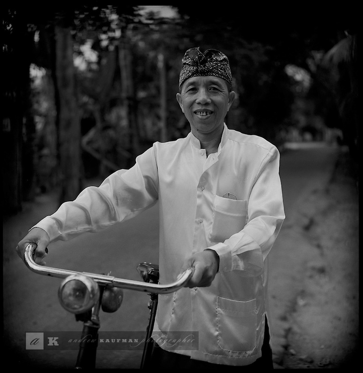 Transportation in Indonesia is diverse. From buses, becaks to horse caddies. The bicycle is another popular transportation matter. Indonesian drive on the left side of the street. This is a leftover of the brief period England was in charge in Indonesia while Napoleon organized Europe.