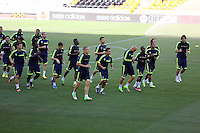 Valencia, Spain. Wednesday 18 September 2013<br /> Pictured: Players warming up<br /> Re: Swansea City FC training ahead of their UEFA Europa League game against Valencia C.F. at the Estadio Mestalla, Spain,