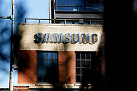 NEW YORK, NEW YORK - MARCH 04: View of Samsung logo at Samsung 837 store on March 04, 2021 in New York. Samsung Electronics Co Ltd is considering four sites en United States, for a new $17 billion chip plant. (Photo by Emaz/VIEWpress)