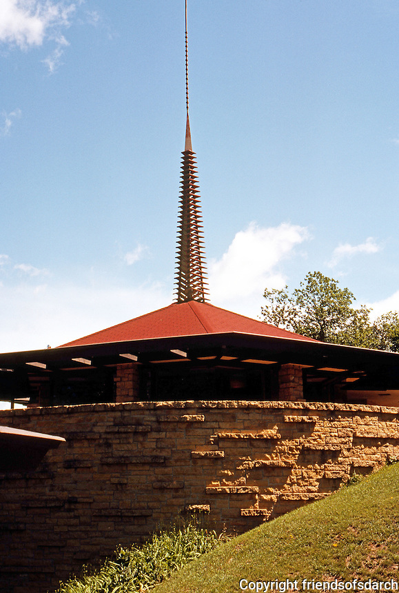 F.L. Wright: Spring Green Restaurant. Spring Green, WI   Photo '77.