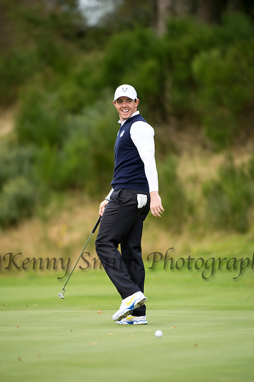 Irishman Rory McIlroy reacts after missing a short putt out on the 6th green during a practice session at Gleneagles Golf Course, Perthshire. Photo credit should read: Kenny Smith/Press Association Images.