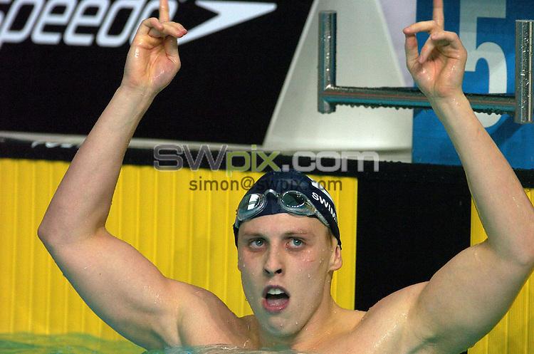 Pix by BEN DUFFY/SWpix.com......Swimming ASDA British Swimming World Championship trials - day 5.....20/03/05..Picture Copyright >> Simon Wilkinson >> 07811267706..Matthew Edwards celebrates winning