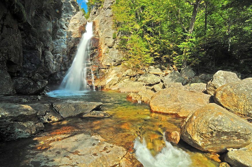 Glenn Ellis Falls are a must see attraction if your driving through Pinkham Notch. Accessed by a short path with a neat tunnel at it's start, Glenn Ellis Falls are thunderous and misty when the flow is good.
