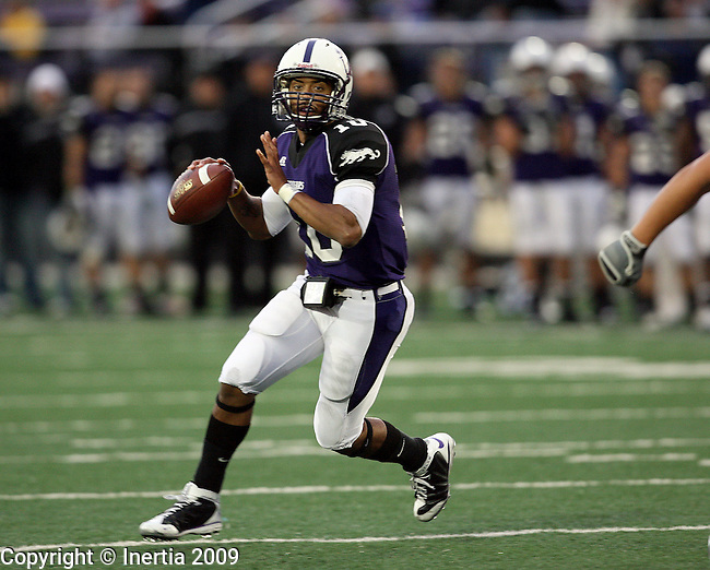 SIOUX FALLS, SD - OCTOBER 3:  Lorenzo Brown #10 of the University of Sioux Falls. (Photo by Dave Eggen/Inertia).