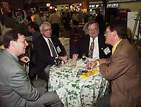 Les assises  de l'Union des Municipalitees du Quebec<br /> , du 6 au 8 mai 1999, au Palais des Congres -<br /> Jean garon<br /> <br /> <br /> PHOTO : Agence Quebec Presse