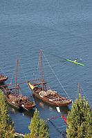 barco rabelo shipping boat porto portugal