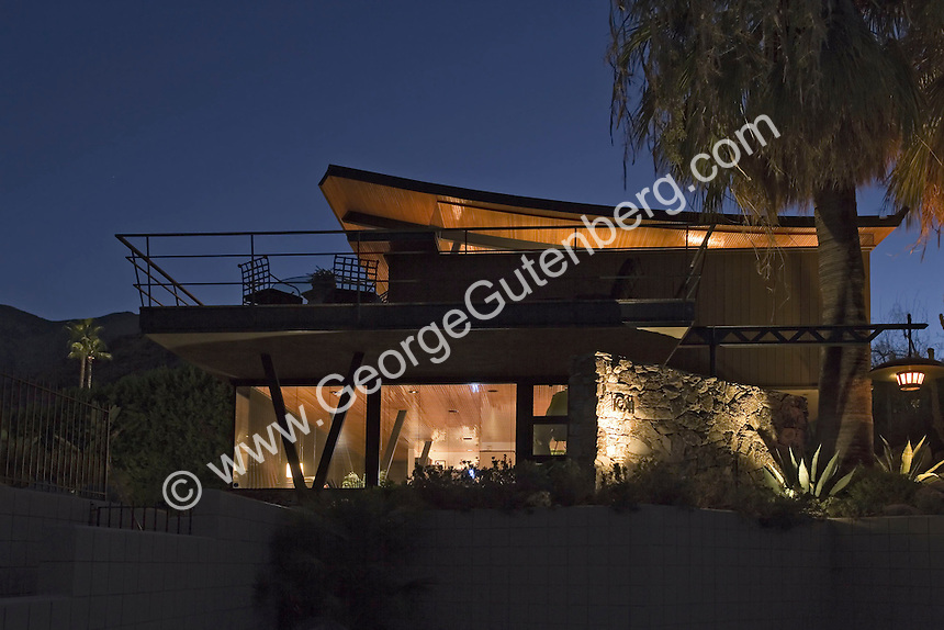 Mid-century Palm Springs home feature a curved roof line
