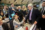 Brussels, Belgium Thursday, 21FEB19 .- La lider medioambiental Greta Thunberg saluda al presidente de la Comisión Europea Jean Claude Juncker, en el edificio Charlemagne, Bruselas  2019 © Delmi Álvarez