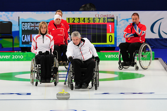 Darryl Neighbour, Vancouver 2010 - Wheelchair Curling // Curling en fauteuil roulant.<br /> Team Canada competes in Wheelchair Curling // Équipe Canada participe en curlign en fauteuil roulant. 13/03/2010.