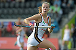 NED - Amsterdam, Netherlands, August 20: During the women Pool B group match between Germany (white) and England (red) at the Rabo EuroHockey Championships 2017 August 20, 2017 at Wagener Stadium in Amsterdam, Netherlands. Final score 1-0. (Photo by Dirk Markgraf / www.265-images.com) *** Local caption *** Franzisca Hauke #21 of Germany