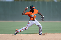 San Francisco Giants shortstop Travious Relaford (1) during an instructional league game against the Oakland Athletics on September 27, 2013 at Papago Park Baseball Complex in Phoenix, Arizona.  (Mike Janes/Four Seam Images)