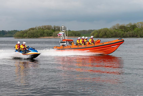 Carrybridge Lifeboat Assists Five on Grounded Sports Cruiser