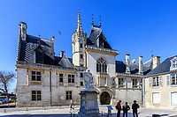 France, Cher, Bourges, Berry, Palais Jacques Coeur // France, Cher (18), Berry, Bourges, palais Jacques Coeur de style gothique