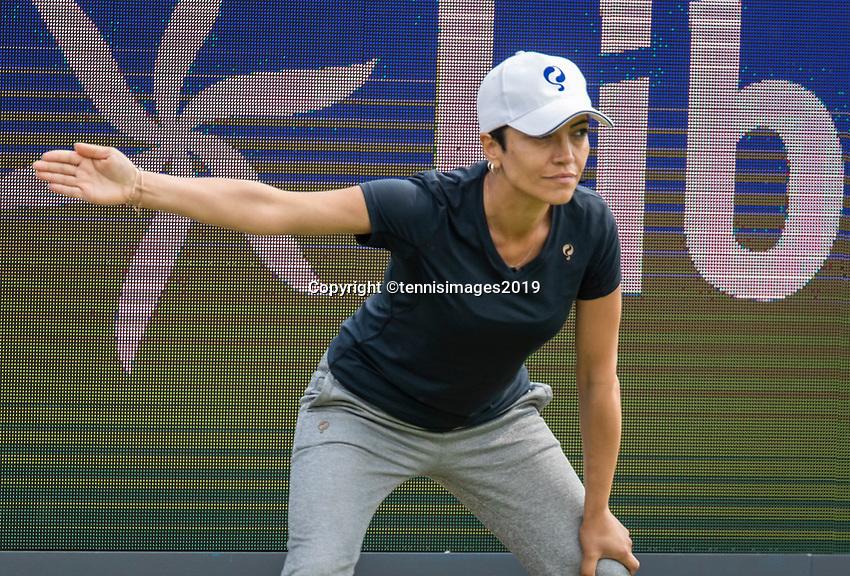 Rosmalen, Netherlands, 11 June, 2019, Tennis, Libema Open, Lineswoman<br /> Photo: Henk Koster/tennisimages.com