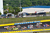 #20: Erik Jones, Joe Gibbs Racing, Toyota Camry Sport Clips and #24: William Byron, Hendrick Motorsports, Chevrolet Camaro Hertz