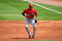 Washington Nationals Juan Soto (22) leading off during a Major League Spring Training game against the New York Mets on March 18, 2021 at Clover Park in St. Lucie, Florida.  (Mike Janes/Four Seam Images)