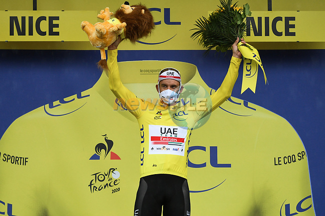Alexander Kristoff (NOR) UAE Team Emirates wins Stage 1 and takes the first leaders Yellow Jersey of Tour de France 2020, running 156km from Nice Moyen Pays to Nice, France. 29th August 2020.<br /> Picture: ASO/Alex Broadway | Cyclefile<br /> All photos usage must carry mandatory copyright credit (© Cyclefile | ASO/Alex Broadway)