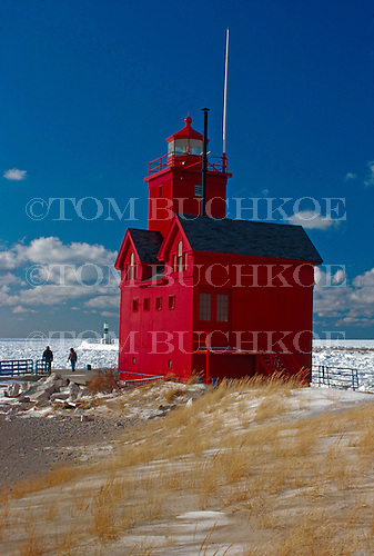 Holland Harbor Lighthouse, Holland Michigan in winter.