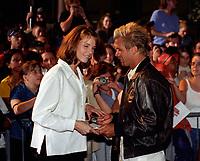 Ouverture du Planet Hollywood en juillet 1998 (date exacte inconnue), NOTE : Lorsque requis la photo commandée sera recadrée et ajustée parfaitement.